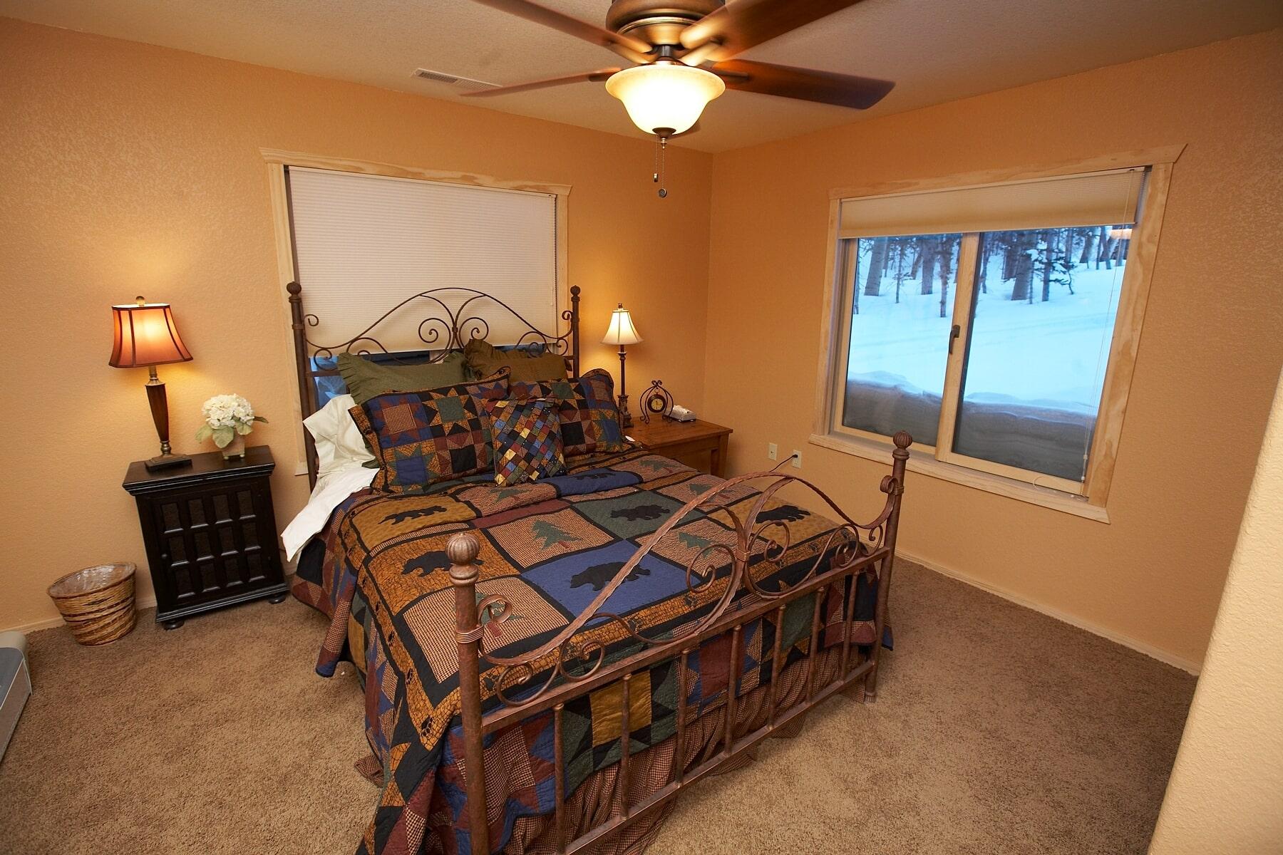 Bedroom 2-min