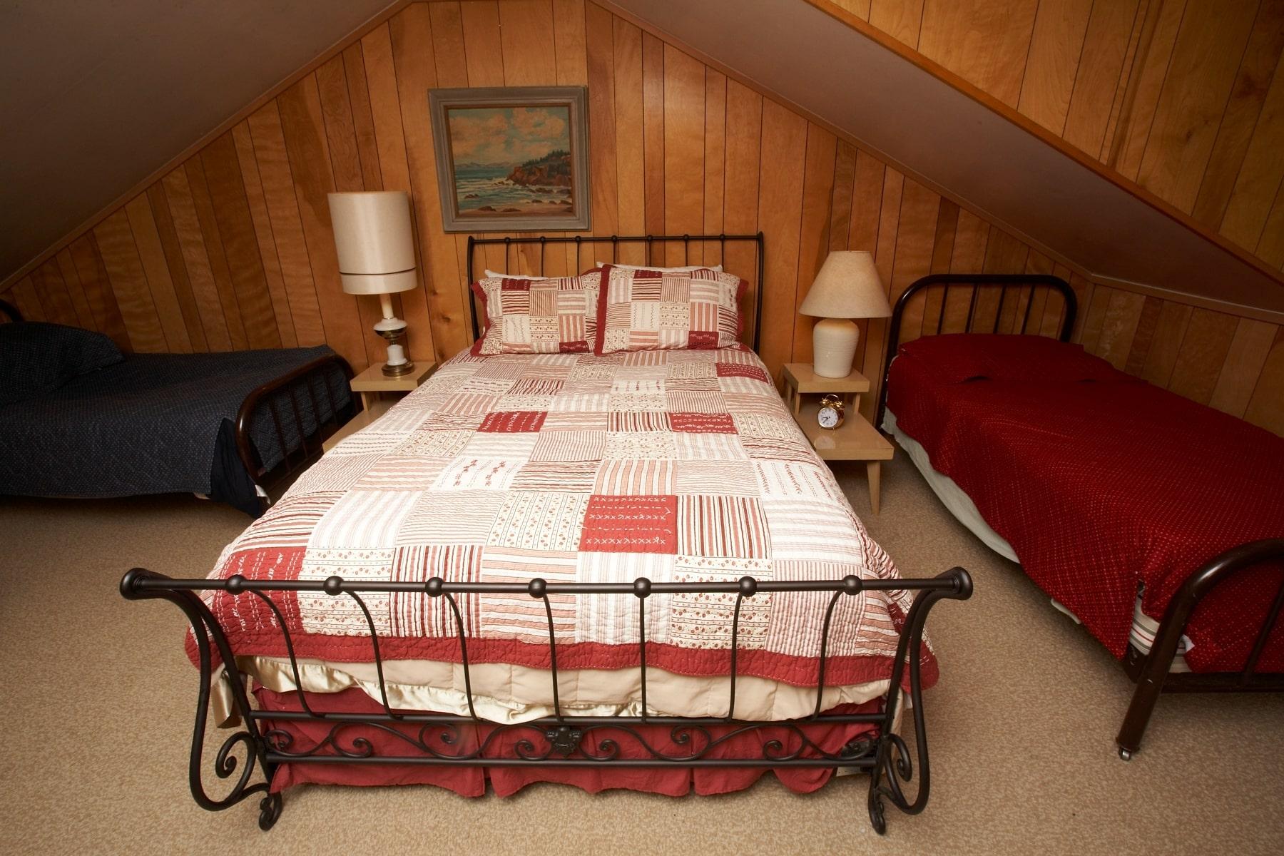 Bedroom #2,b-min