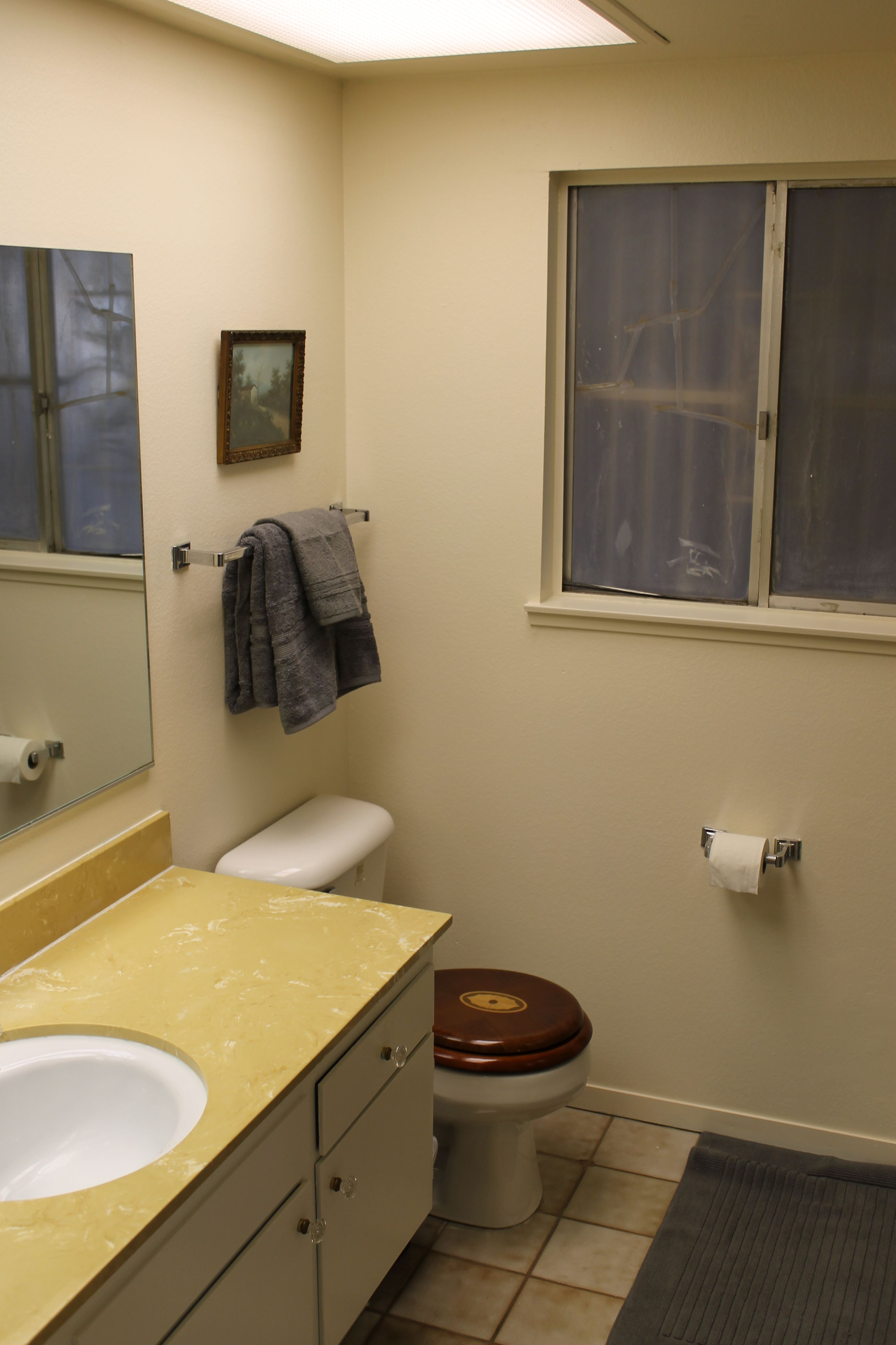 West-bathroom-compressor