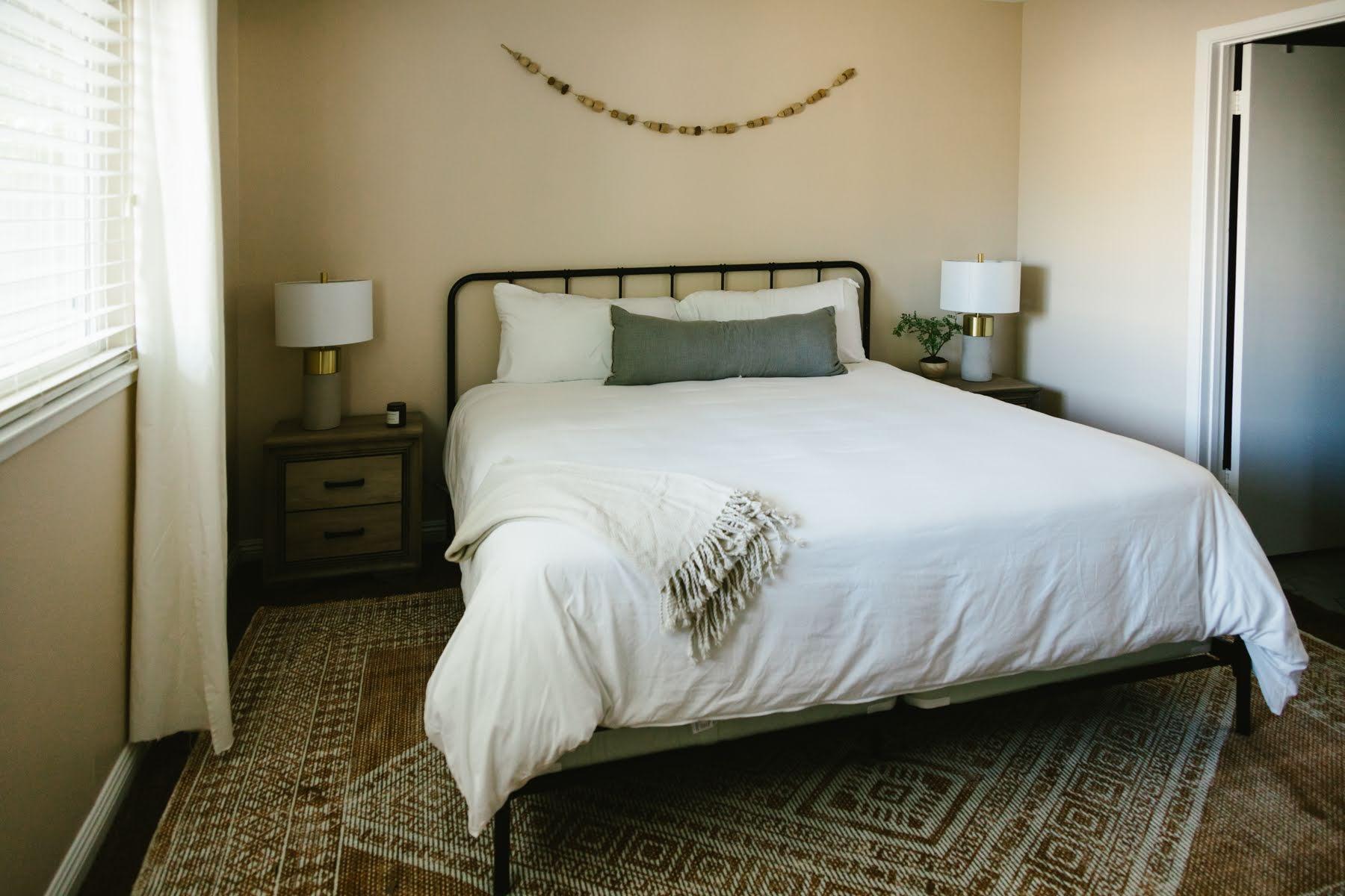 Crisp bedding