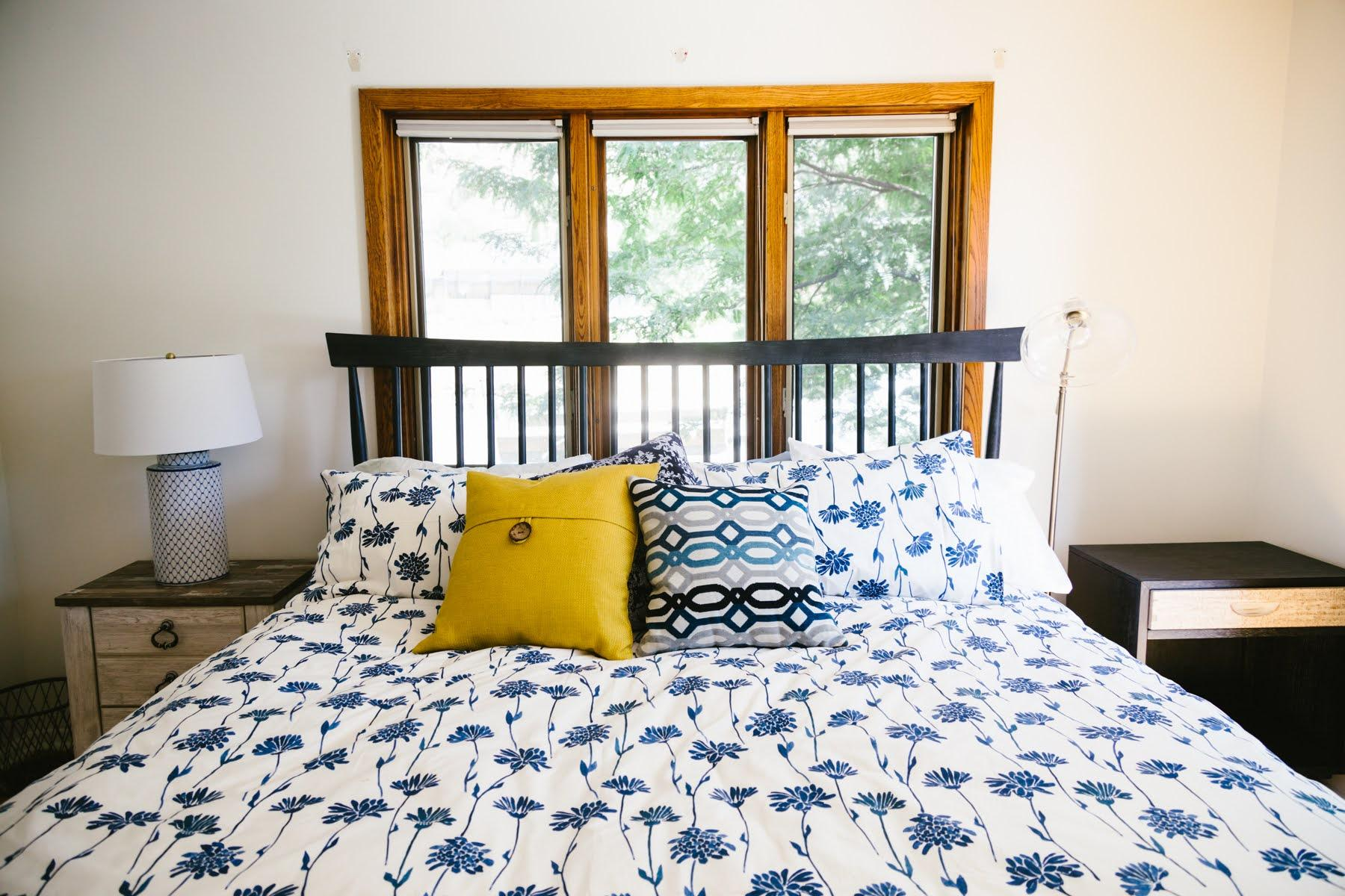 Bedroom 1: King
